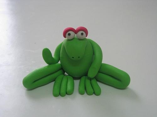 צפרדע מפלסטלינה: